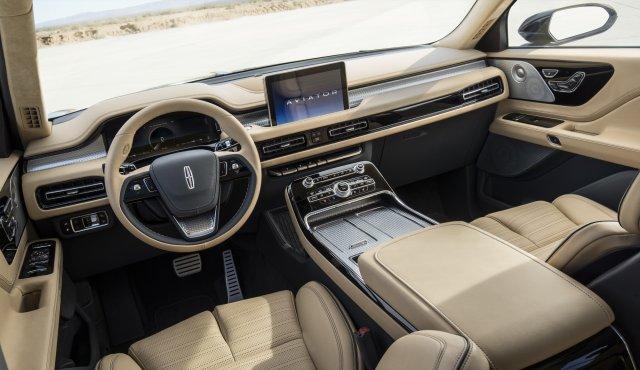2018-Lincoln-Aviator-Concept-interior-001.jpg
